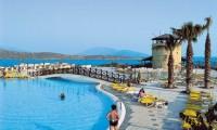 wow_bodrum_resort_zwembad_brug